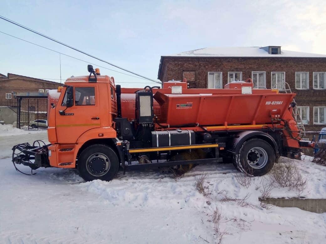 Комбинированная дорожная машина КДМ-829А1